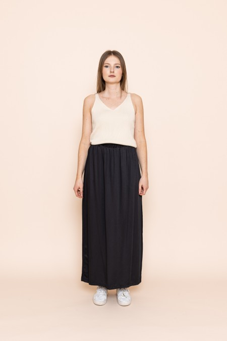 Bamboo silk skirt black